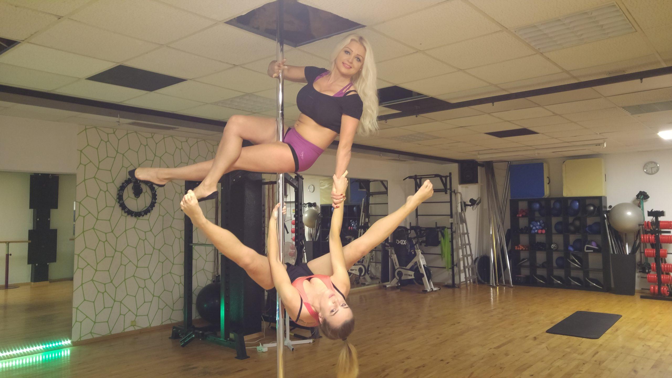 Pole Dance im Studio21  - STUDIO21 - Ihr Premium